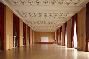 Grand salon de l hotel de ville le havre patrimonial for Mairie menetou salon