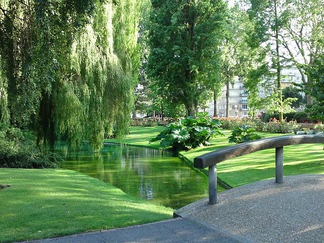 Square saint roch le havre tang 1 le havre patrimonial for Entretien jardin le havre