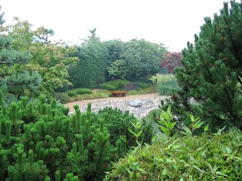 jardin japonais du havre vue g n rale sur la plage symbolique le havre patrimonial. Black Bedroom Furniture Sets. Home Design Ideas