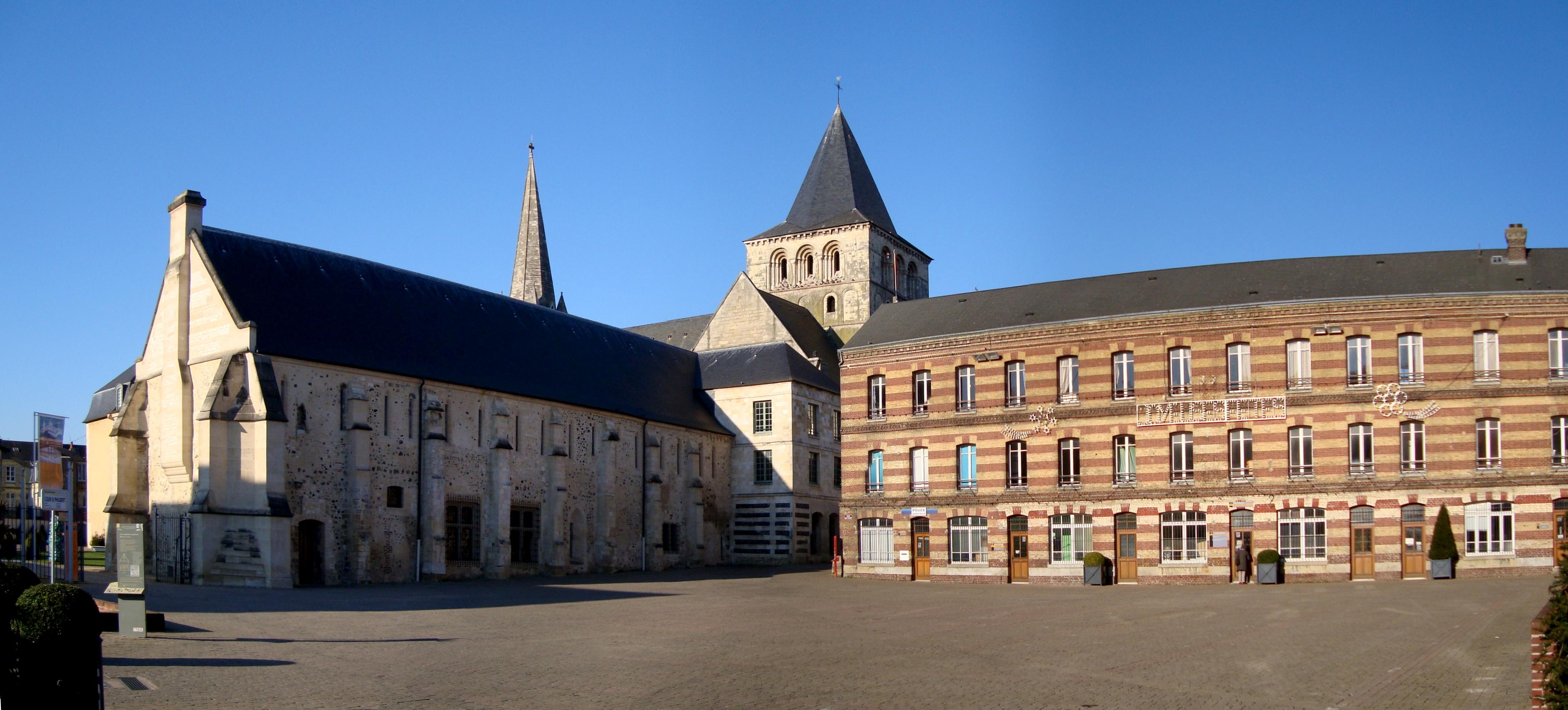 Abbaye de montivilliers vue d ensemble de l ext rieur le havre patrimonial for Parement exterieur le havre