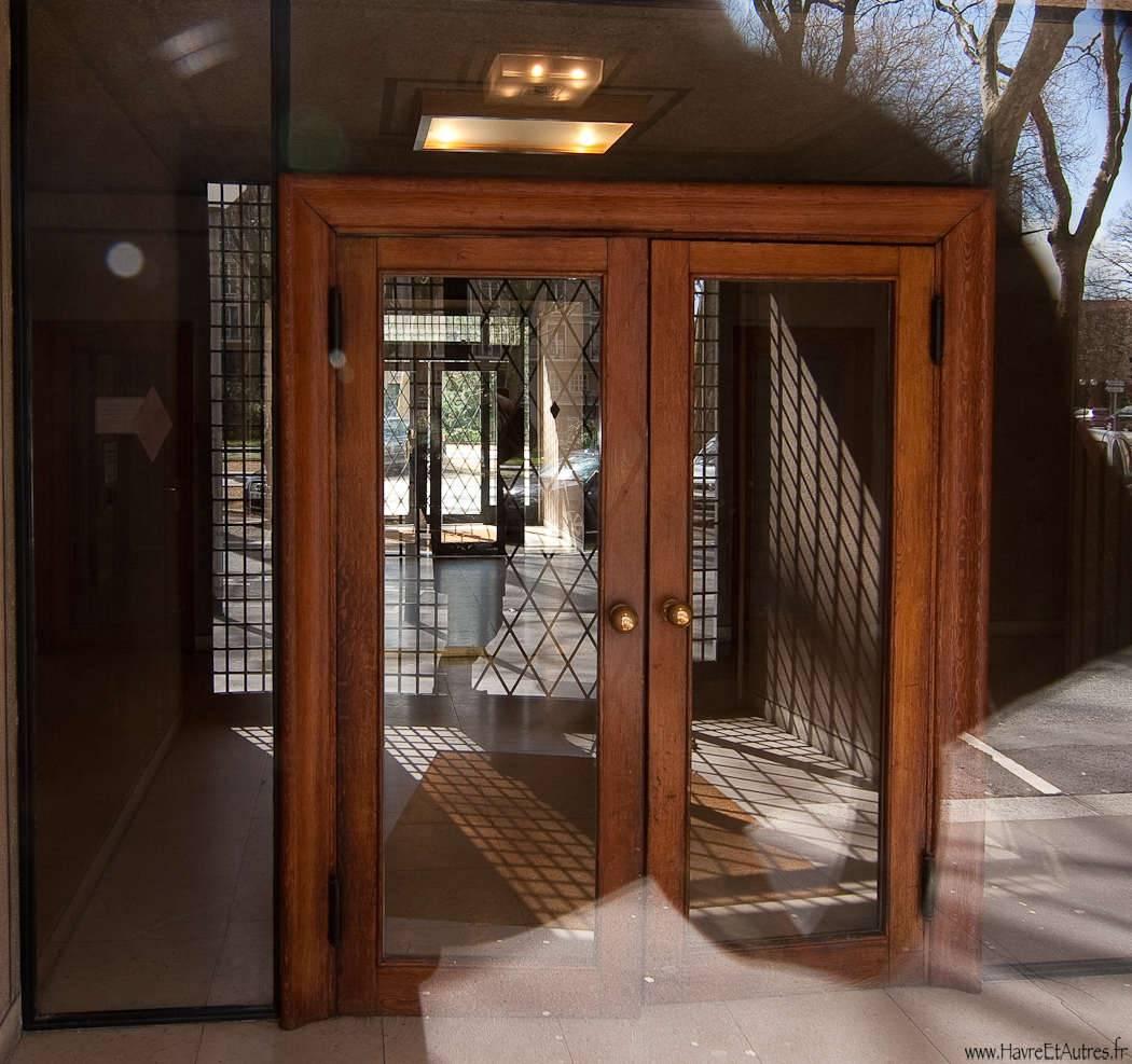 porte entrée immeuble perret le havre