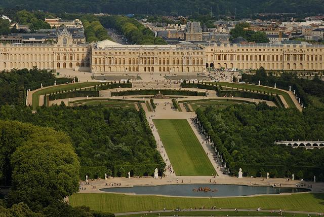 Bassin d apollon et tapis vert petit parc de versailles - Jardin du chateau de versailles gratuit ...