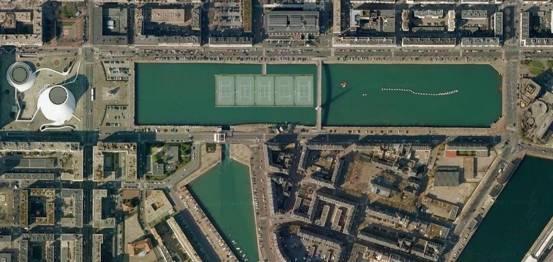 Terrain de tennis Flottant Le Havre Bassin du commerce